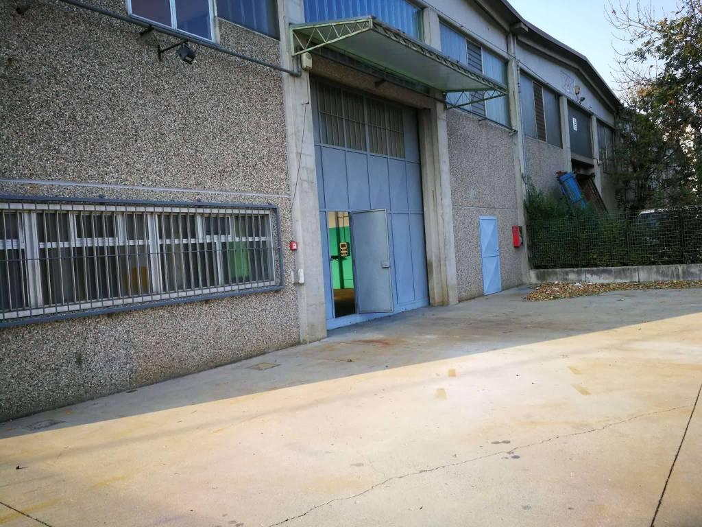 Capannone in affitto a Avigliana, 2 locali, prezzo € 2.000 | CambioCasa.it
