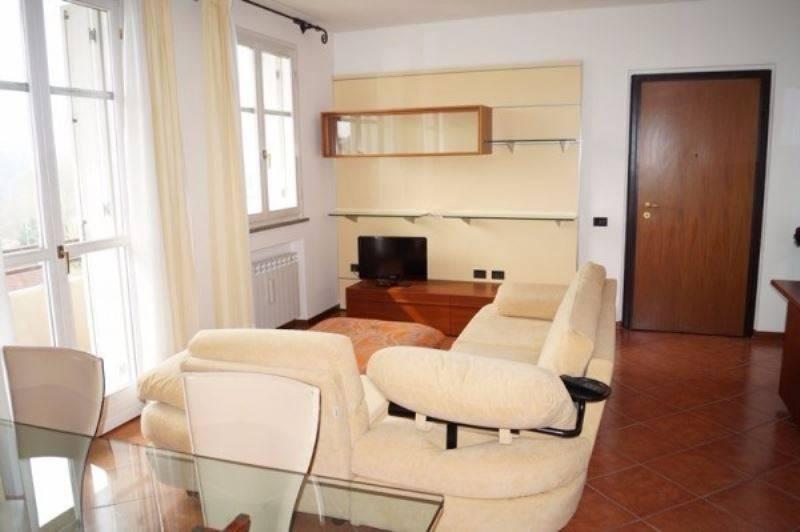 Appartamento in affitto a Sesto Calende, 3 locali, prezzo € 750 | CambioCasa.it