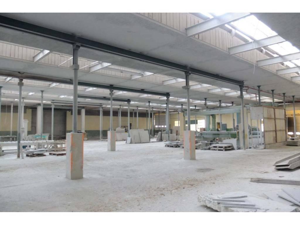 Capannone in vendita a Chianocco, 9999 locali, prezzo € 190.000 | PortaleAgenzieImmobiliari.it