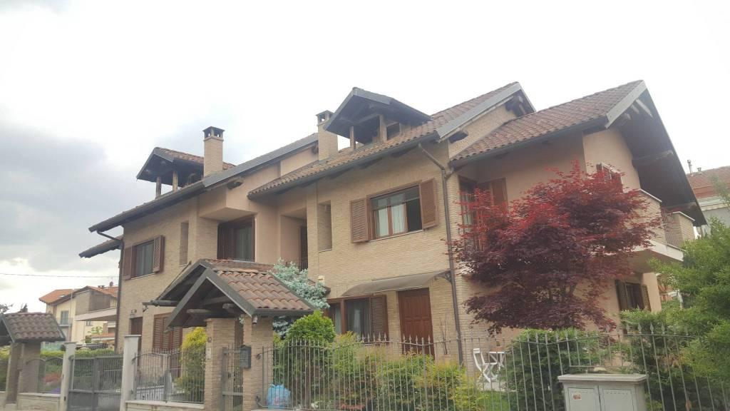 Foto 1 di Villetta a schiera strada Salga 42, Caselle Torinese