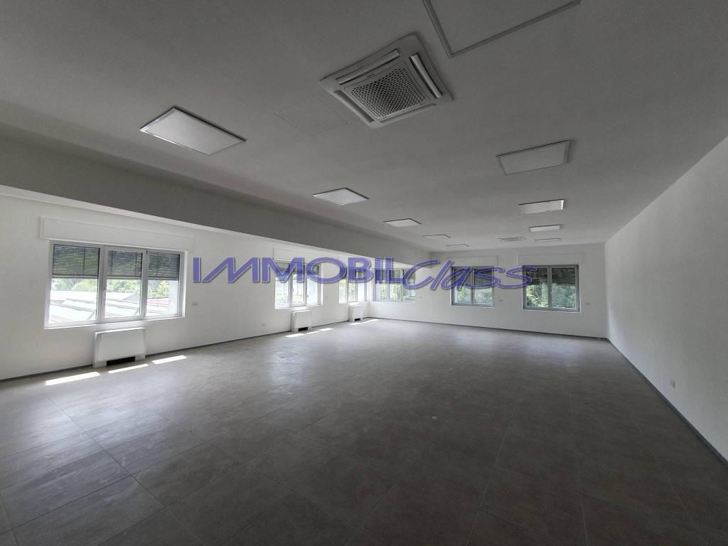 Ufficio / Studio in affitto a Maslianico, 2 locali, prezzo € 1.500 | PortaleAgenzieImmobiliari.it