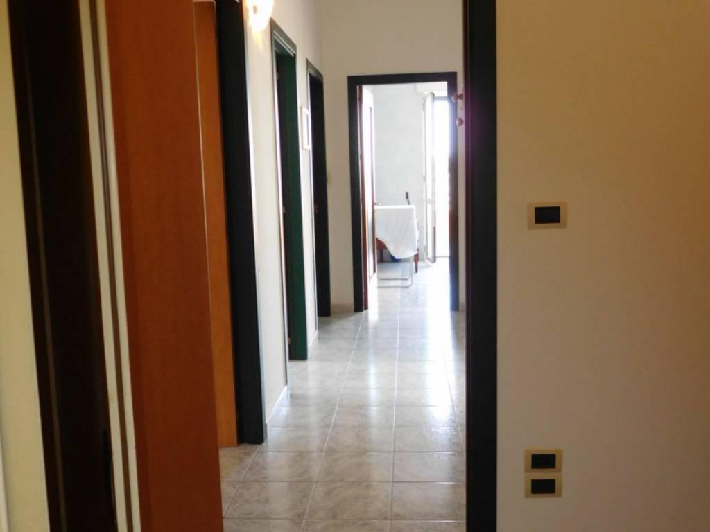 Appartamento in vendita a Alezio, 5 locali, prezzo € 119.000 | PortaleAgenzieImmobiliari.it