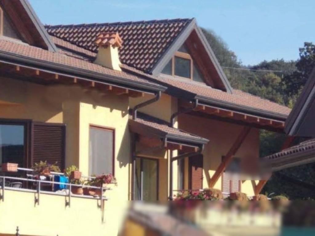 Appartamento in vendita a Montalto Dora, 5 locali, prezzo € 125.000 | CambioCasa.it