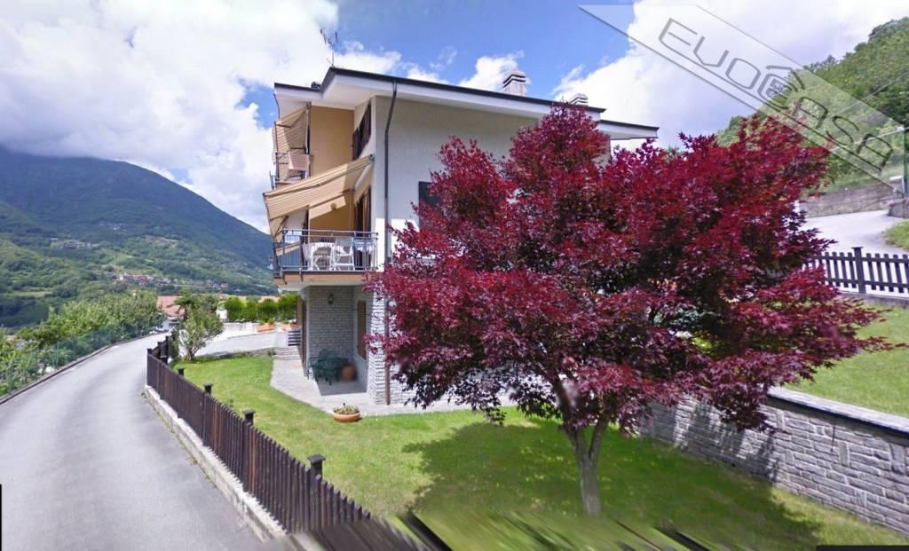 Foto 1 di Villa via Podio 27, frazione Dubbione, Pinasca