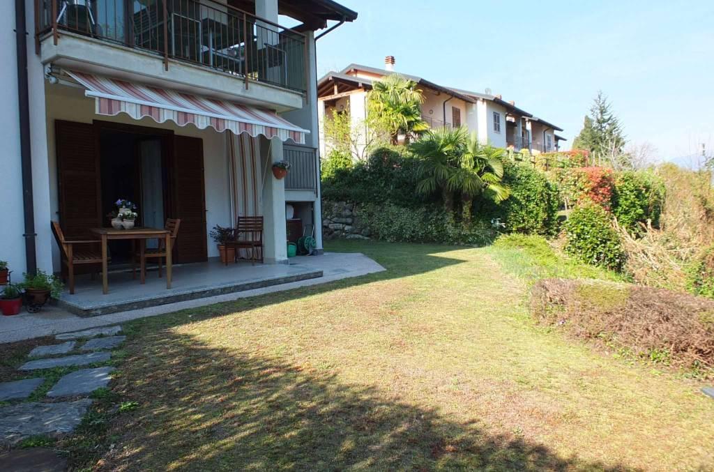 Appartamento in vendita a Castelveccana, 3 locali, prezzo € 195.000   CambioCasa.it