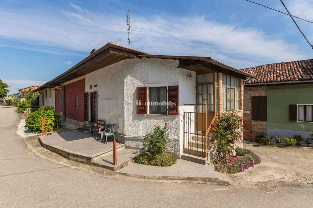 Foto 1 di Casa indipendente via Seminenga 19, Moncestino