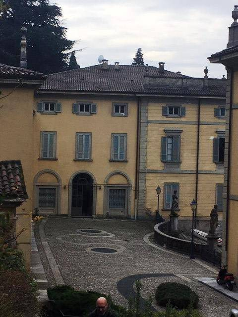 Appartamento in vendita a Torno, 2 locali, prezzo € 350.000 | PortaleAgenzieImmobiliari.it
