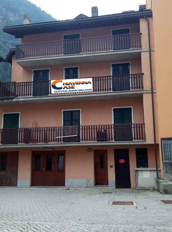 Appartamento in vendita a Campodolcino, 3 locali, prezzo € 165.000 | CambioCasa.it