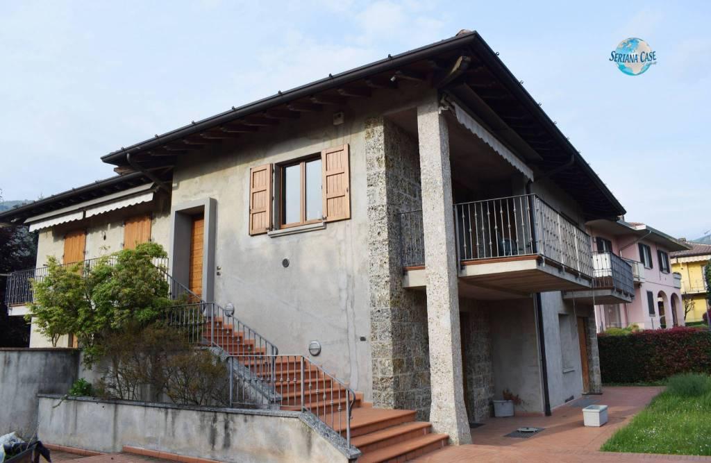 Villa in vendita a Gandino, 4 locali, prezzo € 395.000   PortaleAgenzieImmobiliari.it