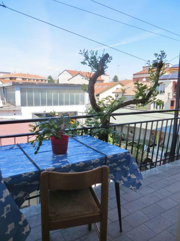 Appartamento in affitto a Grugliasco, 5 locali, prezzo € 820 | CambioCasa.it