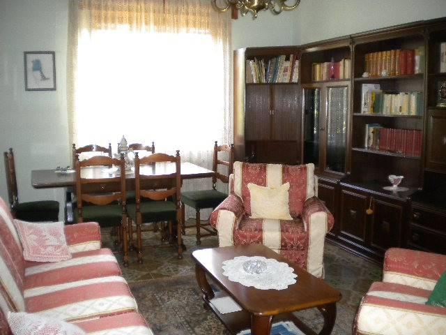 Appartamento in Vendita a Lugagnano Val D'Arda: 5 locali, 148 mq