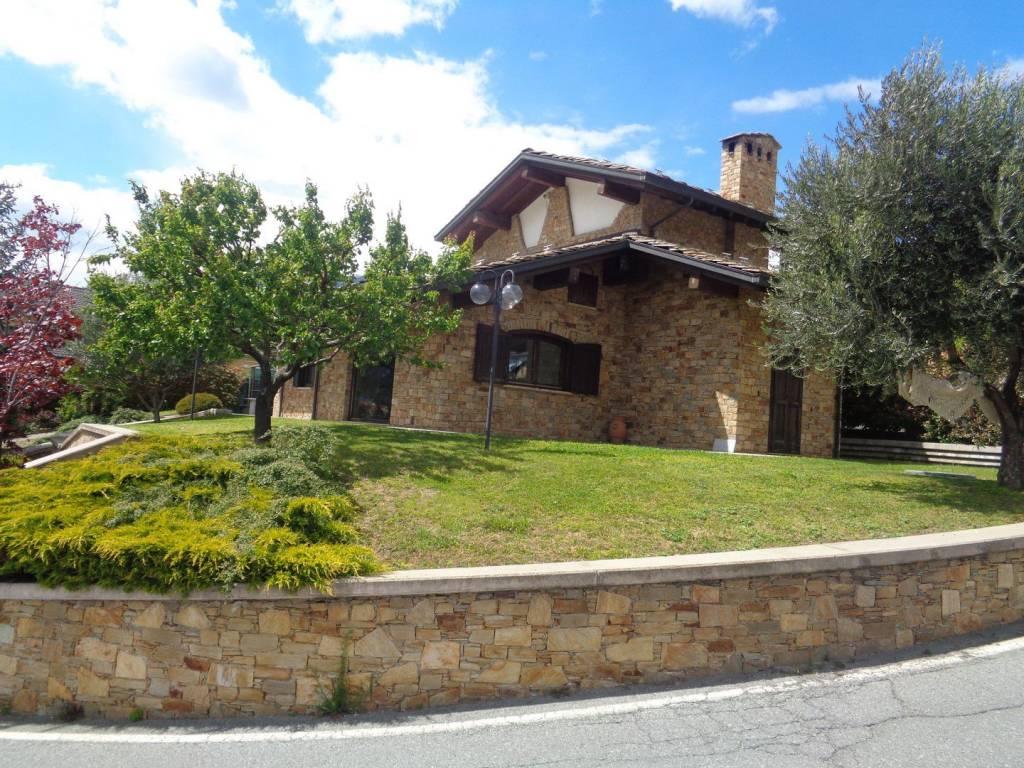 Foto 1 di Villa Località Chabloz, Saint Christophe