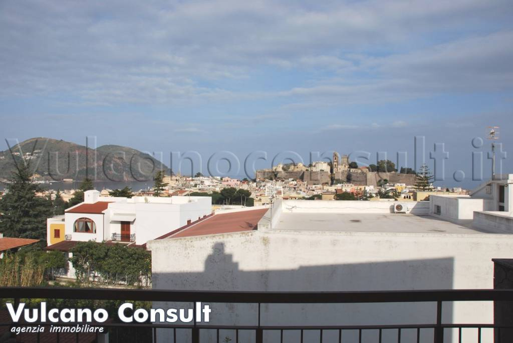 Appartamento in vendita a Lipari, 5 locali, prezzo € 220.000 | PortaleAgenzieImmobiliari.it