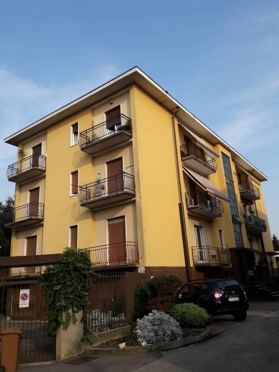 Appartamento in vendita via Niccolò Copernico 18 Arcore