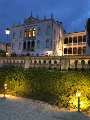Appartamento in vendita a Asolo, 5 locali, prezzo € 250.000 | CambioCasa.it