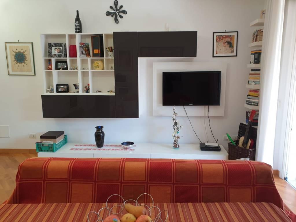 Appartamento in vendita a Roma, 2 locali, zona Zona: 33 . Quarto Casale, Labaro, Valle Muricana, Prima Porta, prezzo € 140.000 | CambioCasa.it