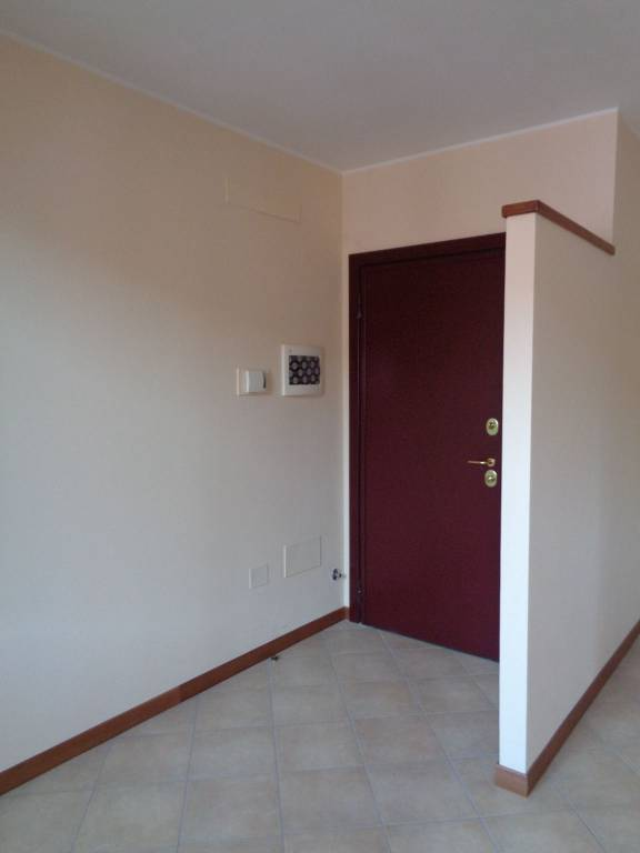 Appartamento in Vendita a Rolo: 3 locali, 116 mq