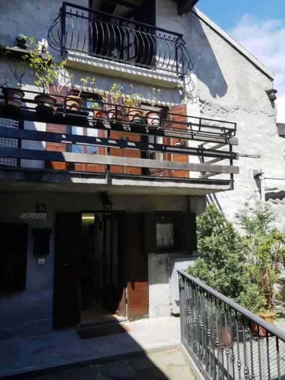 Foto 1 di Casa indipendente via STAZIONE 11, Meana Di Susa