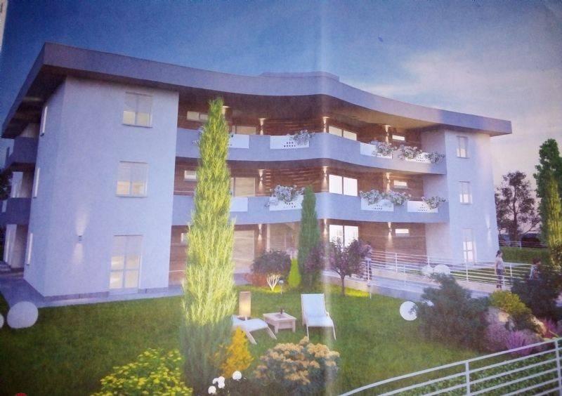 Appartamento in vendita a Zanica, 3 locali, prezzo € 236.000 | CambioCasa.it