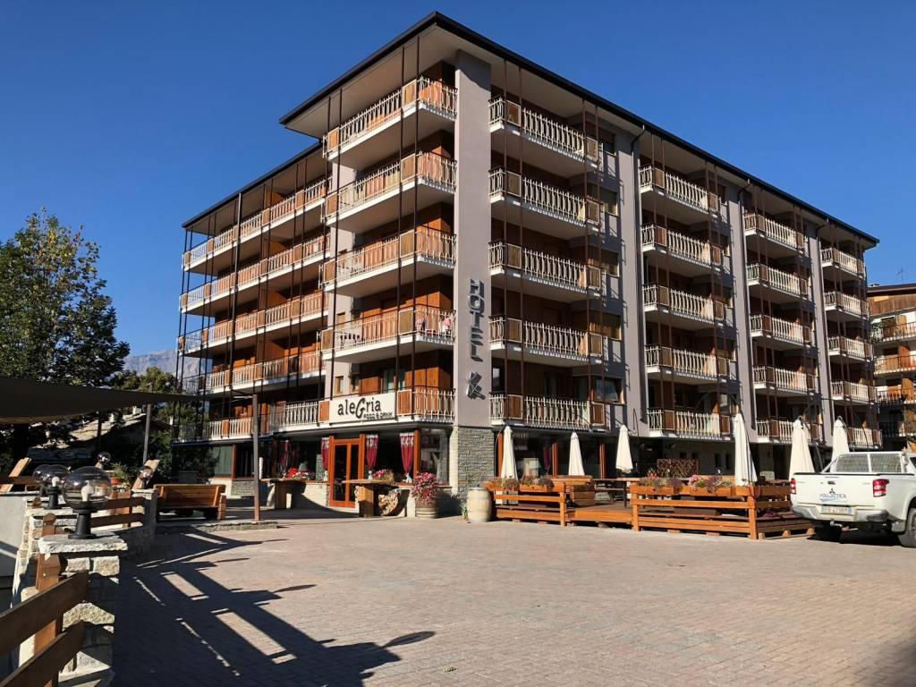 Foto 1 di Trilocale via Villaggio Alpino 3, Sauze D'oulx