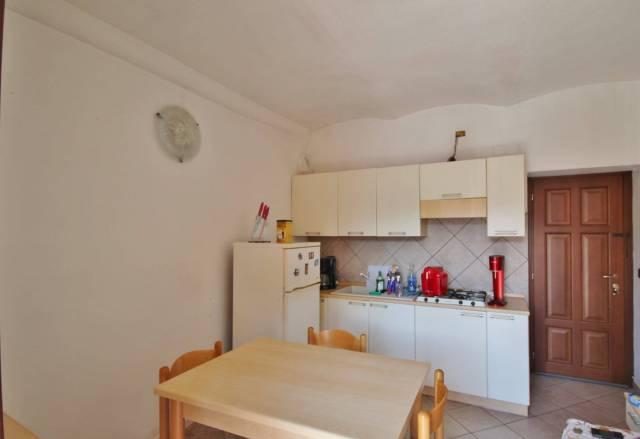 Appartamento in buone condizioni arredato in affitto Rif. 7138373