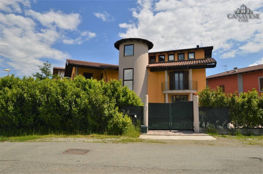 Villa in ottime condizioni in vendita Rif. 8492831