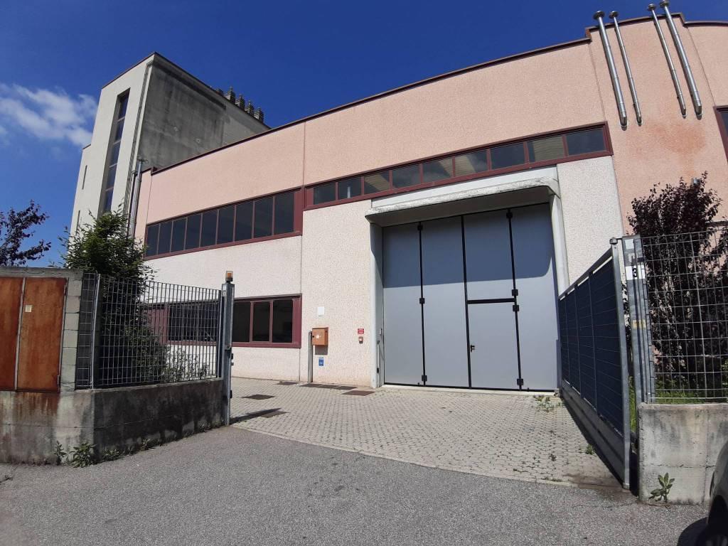 Capannone in affitto a Legnano, 1 locali, prezzo € 1.833 | PortaleAgenzieImmobiliari.it