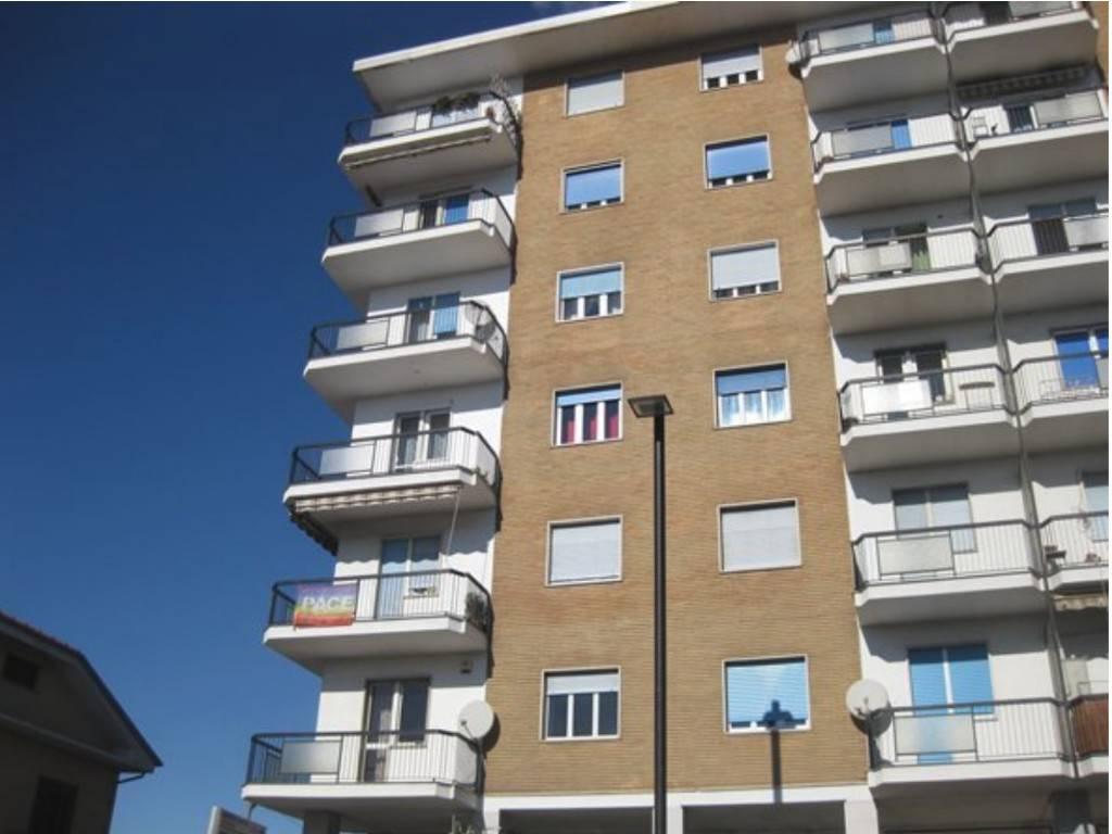 Appartamento in vendita a Alpignano, 4 locali, prezzo € 90.000 | PortaleAgenzieImmobiliari.it