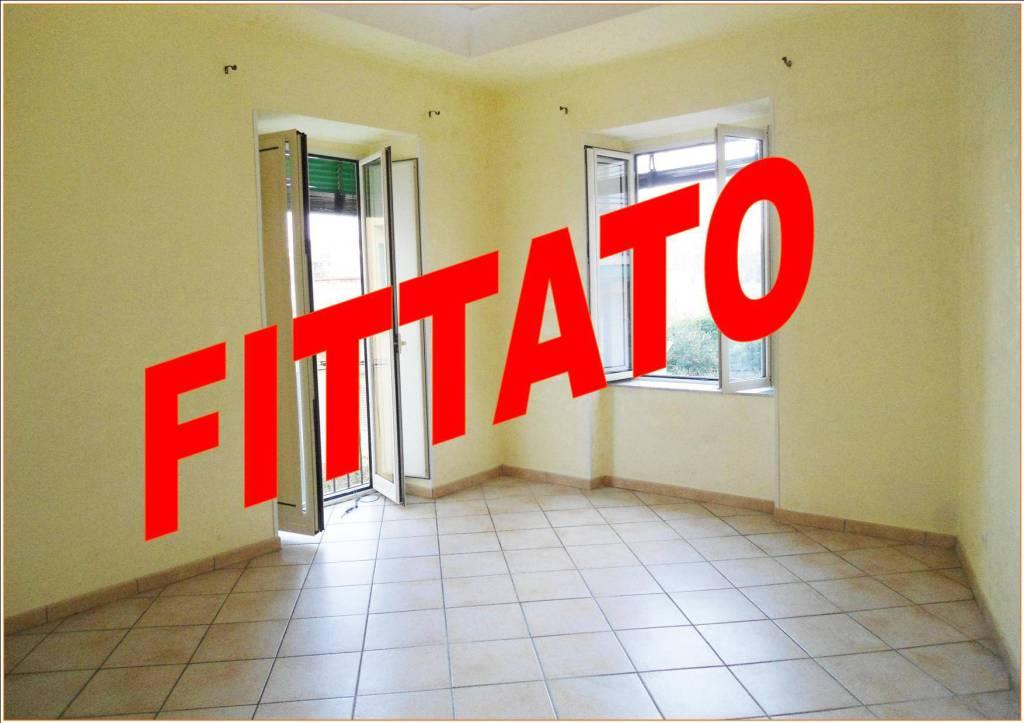 Appartamento in ottime condizioni in affitto Rif. 7758910
