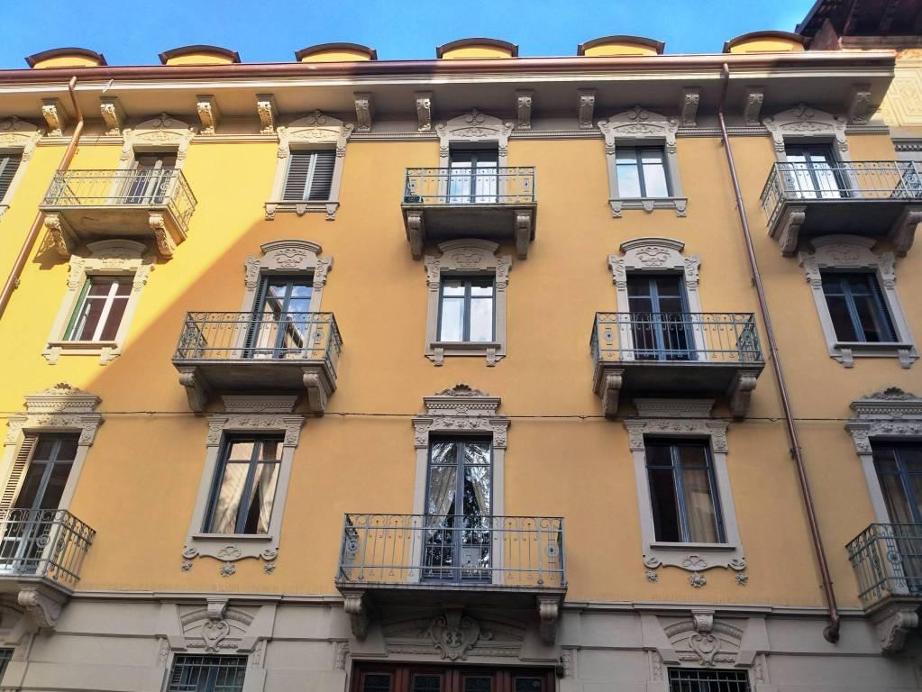 Foto 1 di Quadrilocale via Montebello, Torino (zona Centro)