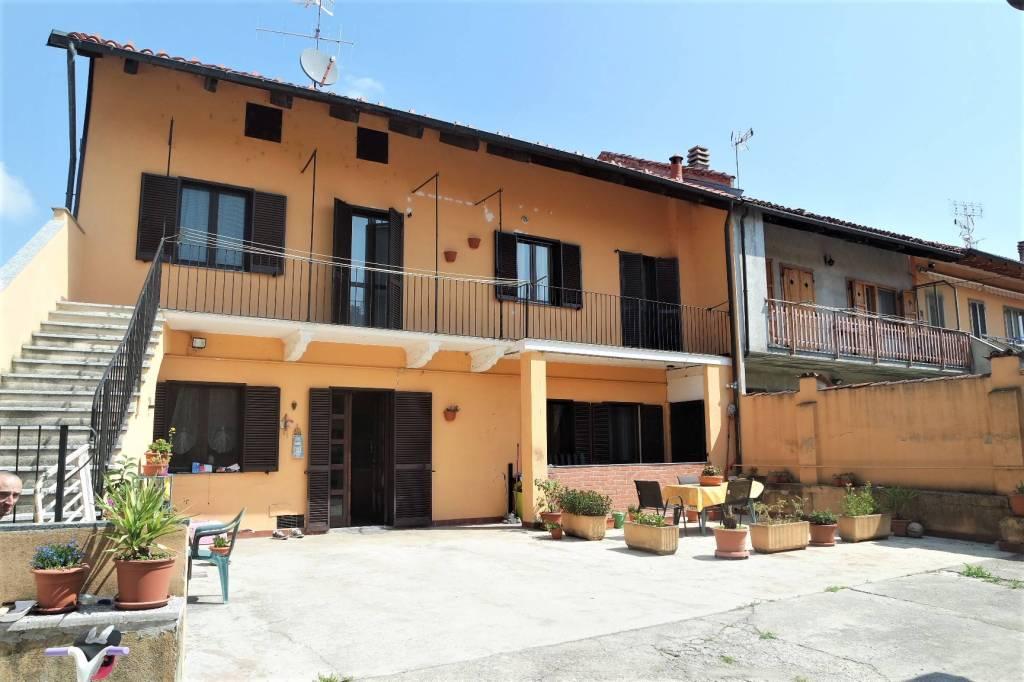 Foto 1 di Casa indipendente via Rivetto, Mazzè