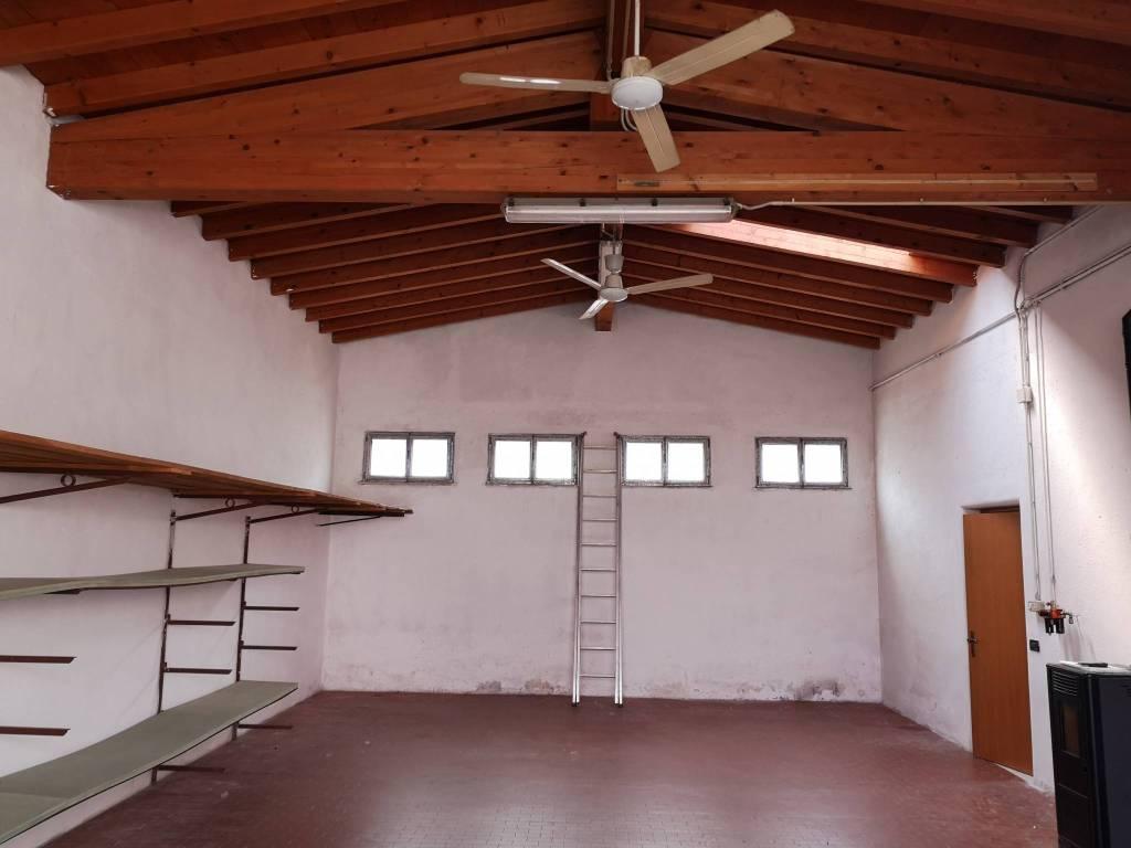Laboratorio in affitto a Ghedi, 1 locali, prezzo € 450 | CambioCasa.it