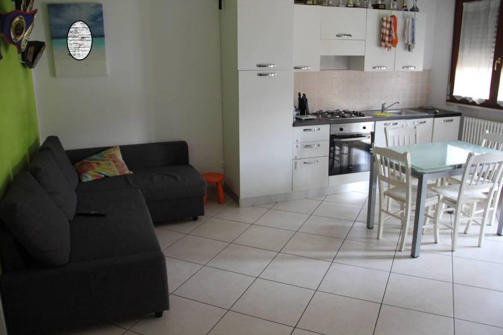 Appartamento in Vendita a Savignano Sul Rubicone Centro: 3 locali, 60 mq