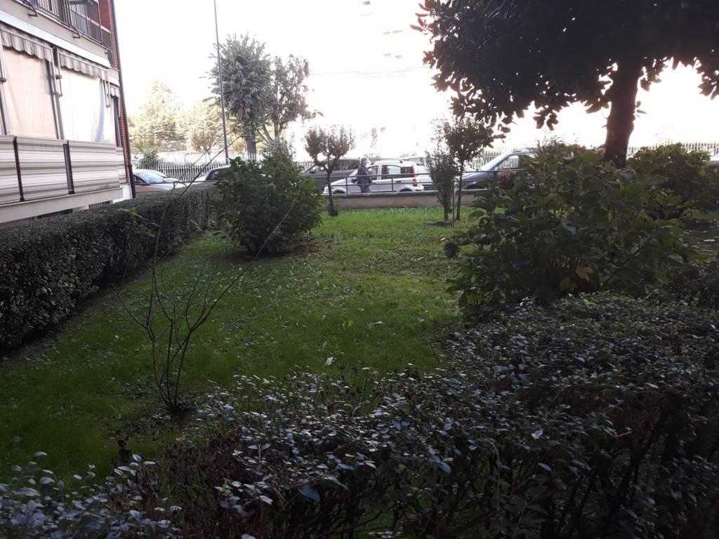 Foto 1 di Bilocale via Michele Berrino 19, Torino (zona Madonna di Campagna, Borgo Vittoria, Barriera di Lanzo)