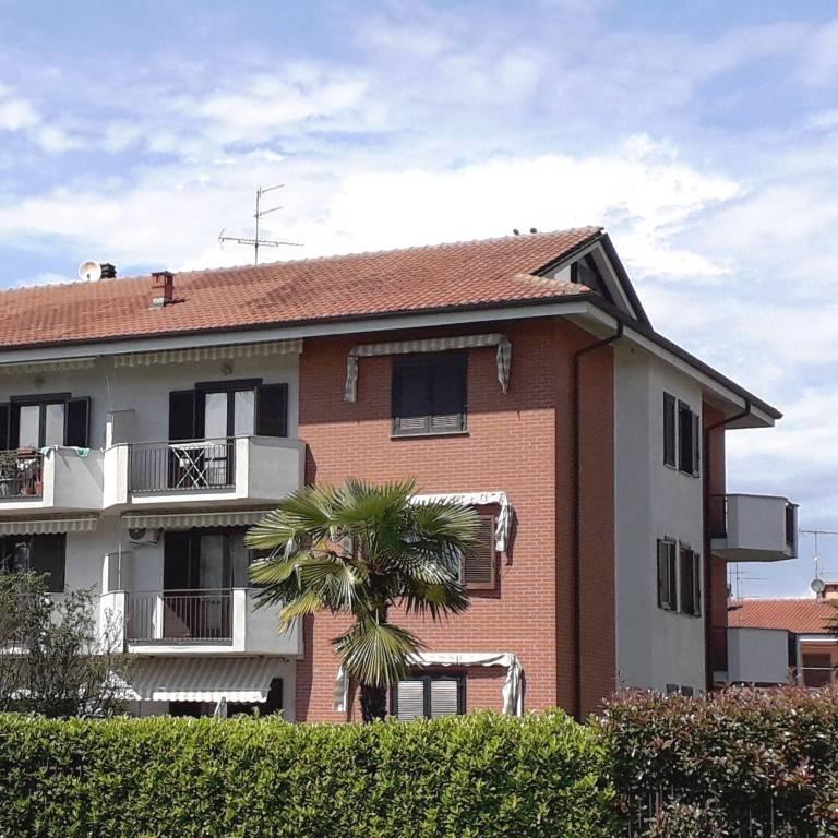 Appartamento in vendita a Santhià, 5 locali, Trattative riservate | CambioCasa.it