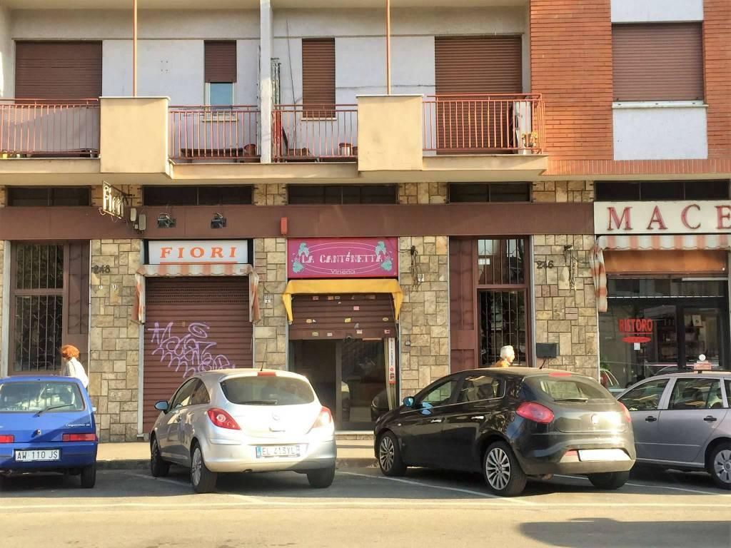 Negozio in affitto Zona Parella, Pozzo Strada - via Monginevro 246 Torino