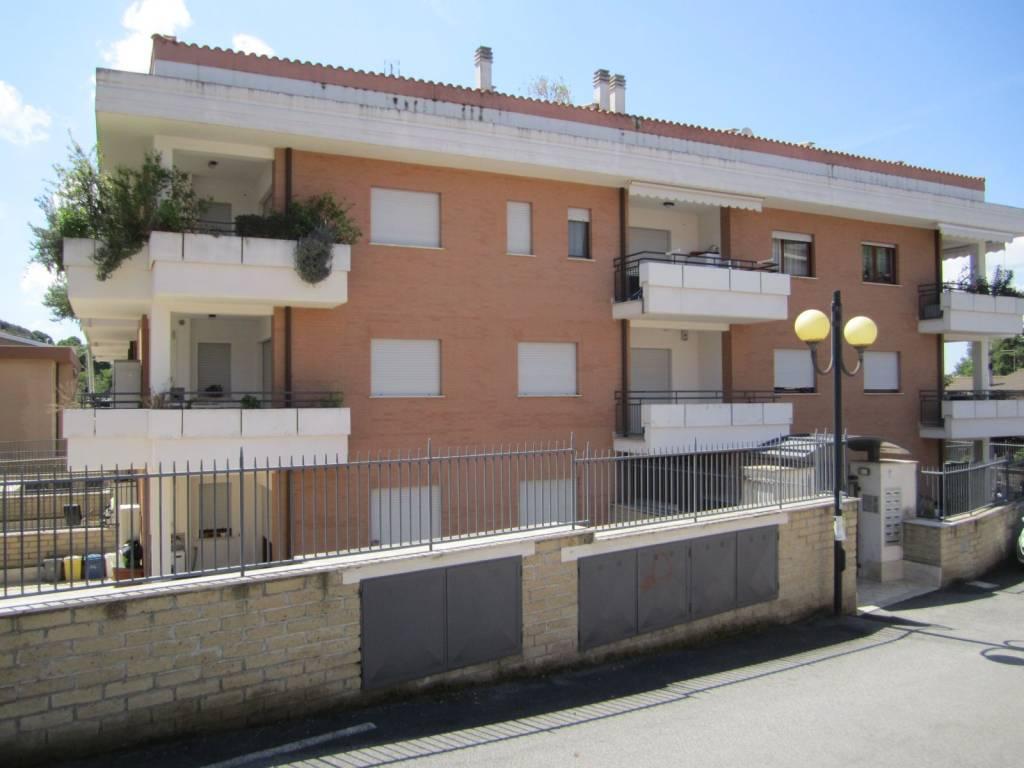 Appartamento in vendita a Rignano Flaminio, 2 locali, prezzo € 79.000   PortaleAgenzieImmobiliari.it