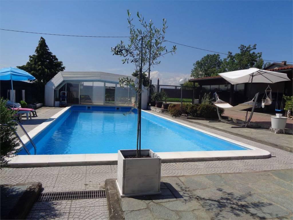 Foto 1 di Villa regione benne bicocca, 2, Scalenghe