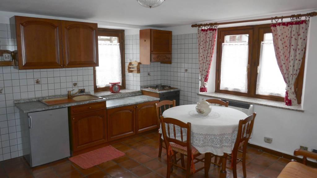 Appartamento in affitto a Gressoney-Saint-Jean, 2 locali, Trattative riservate | CambioCasa.it