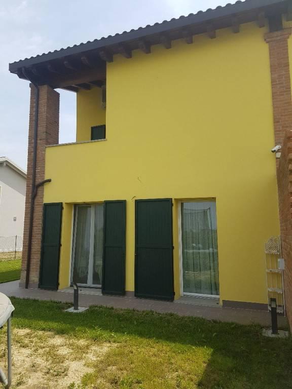 Villa in Vendita a San Giovanni In Persiceto Periferia: 4 locali, 138 mq