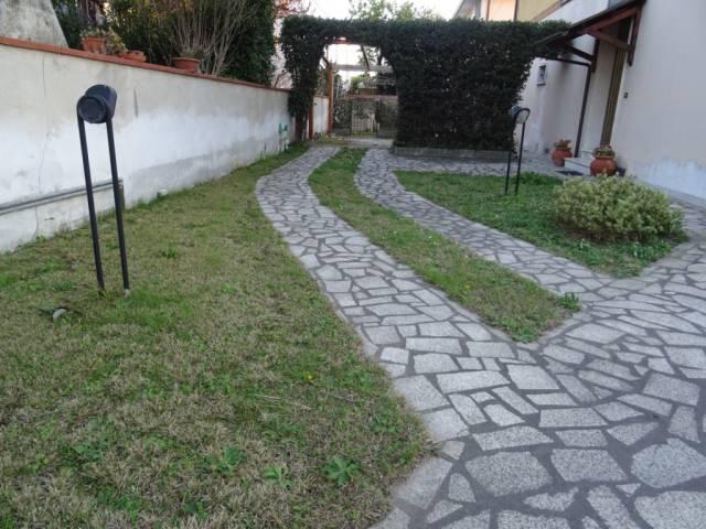 Appartamento in vendita a Cascina, 5 locali, prezzo € 193.000   CambioCasa.it