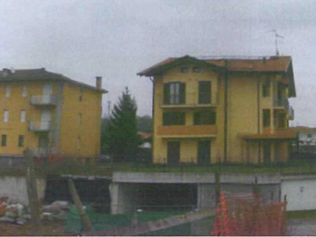 Palazzo / Stabile in vendita a Romano Canavese, 28 locali, prezzo € 25.000 | PortaleAgenzieImmobiliari.it