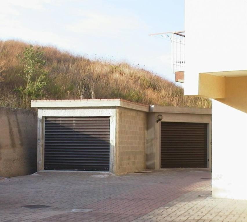 Box / Garage in vendita a Monasterace, 9999 locali, prezzo € 10.000 | CambioCasa.it