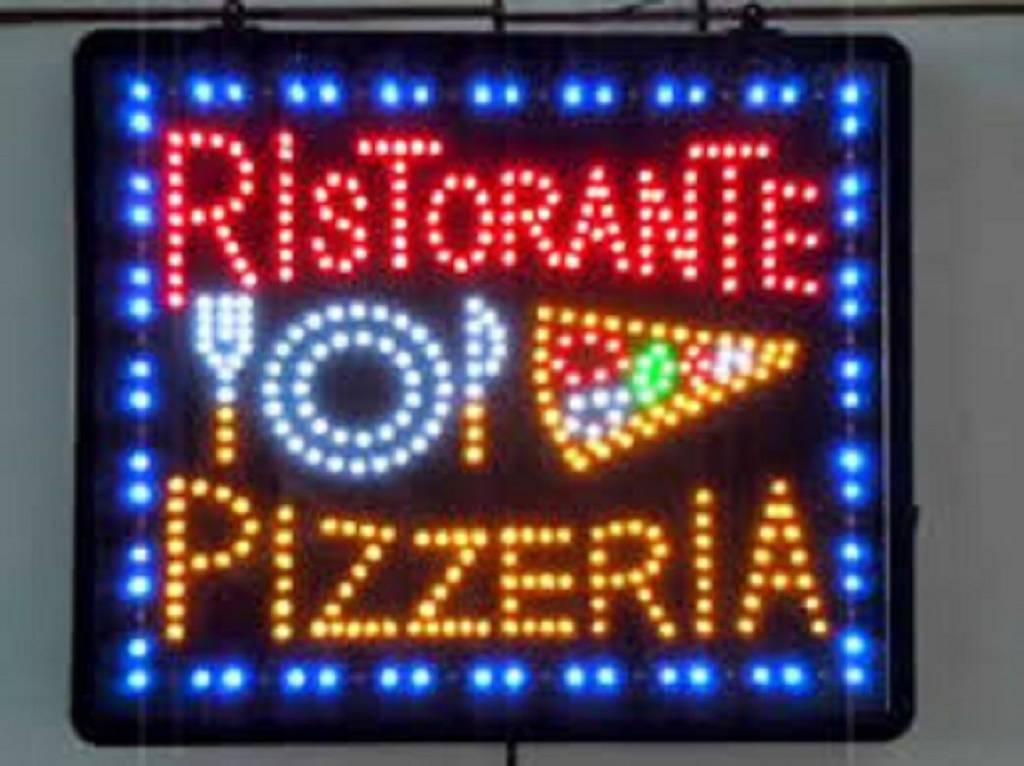 Ristorante / Pizzeria / Trattoria in vendita a Broni, 6 locali, prezzo € 275.000 | PortaleAgenzieImmobiliari.it