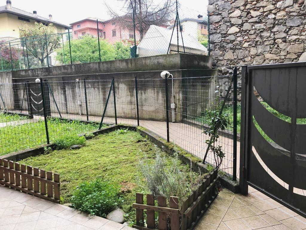 Appartamento in vendita a Cene, 2 locali, prezzo € 97.000 | PortaleAgenzieImmobiliari.it