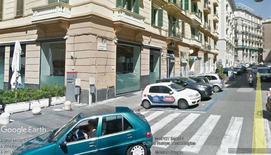 Box / Garage in vendita a Napoli, 1 locali, prezzo € 75.000 | CambioCasa.it