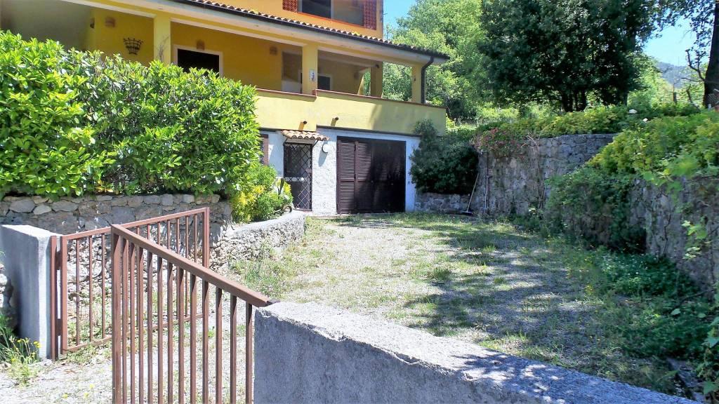 Appartamento con giardino in vendita a Maratea