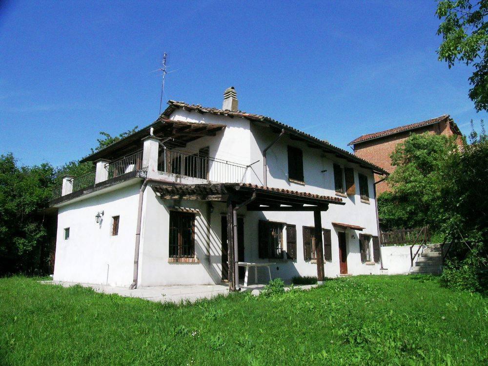 Rustico / Casale in vendita a Murisengo, 5 locali, prezzo € 73.000 | CambioCasa.it