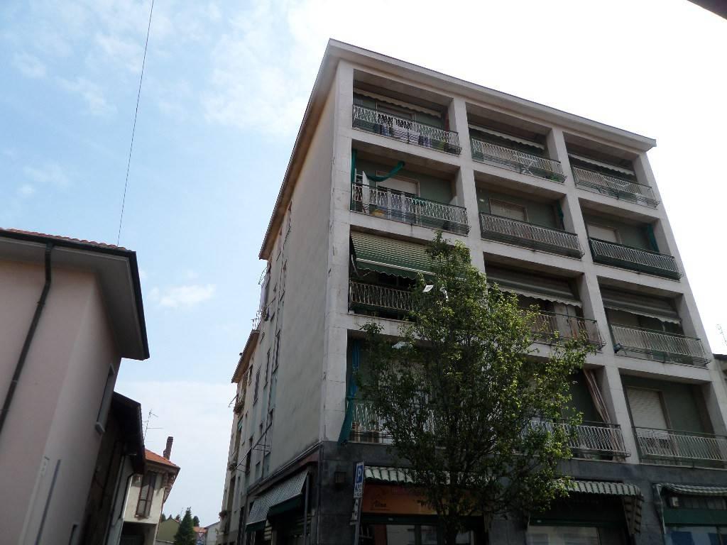 Appartamento in vendita a Rescaldina, 3 locali, prezzo € 70.000 | PortaleAgenzieImmobiliari.it