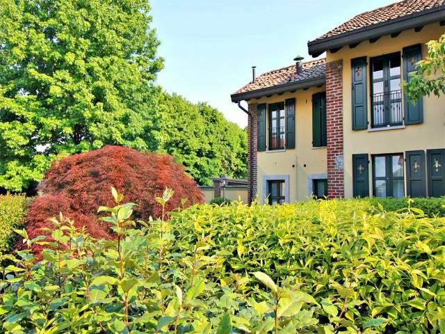 Villa a schiera quadrilocale in affitto a Seregno (MB)